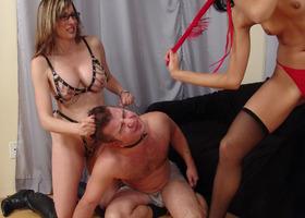 A femdom images set Image 7