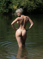 A slim and busty bitch on the Costa Natura Image 10