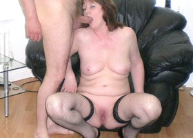A mom couple in blowjob pictures Image 7