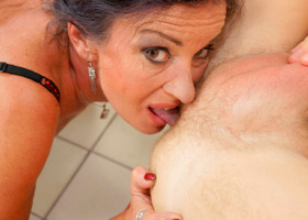 A mature lady doing her younger lover in pictures Image 4