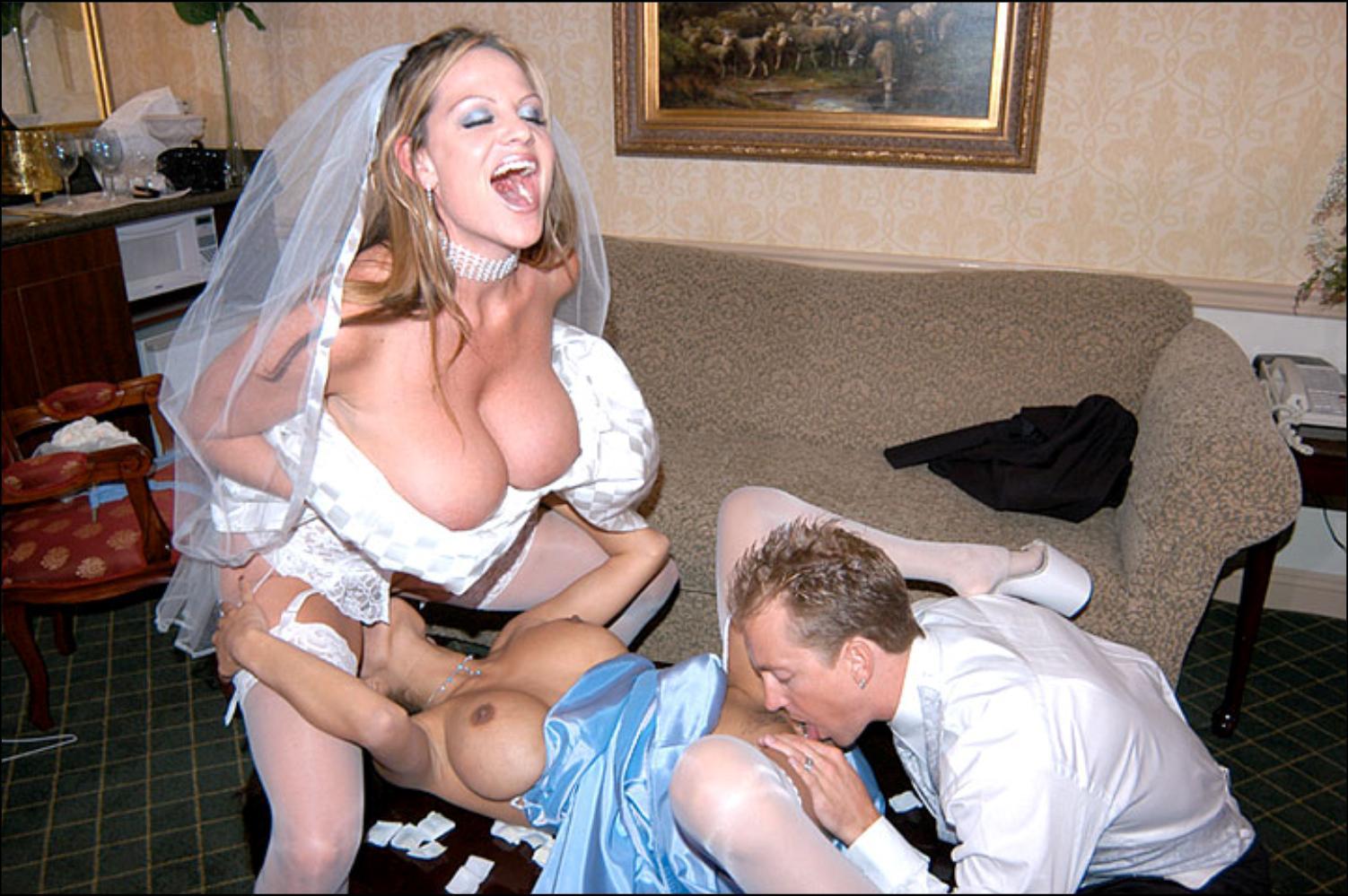 Невесту на свадьбе ебут все гости видео