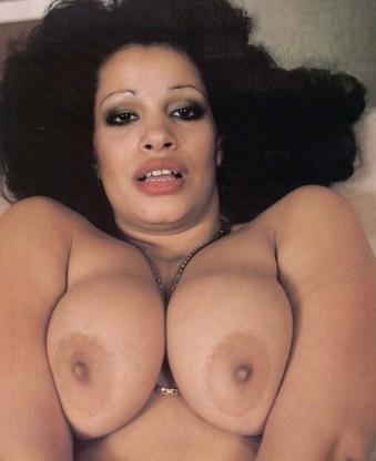 retro big boobs babe