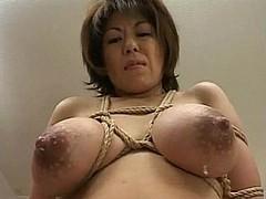 huge-lactating-boobs009.jpg