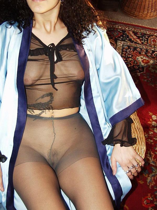 девушки в колготках на голое тело фото
