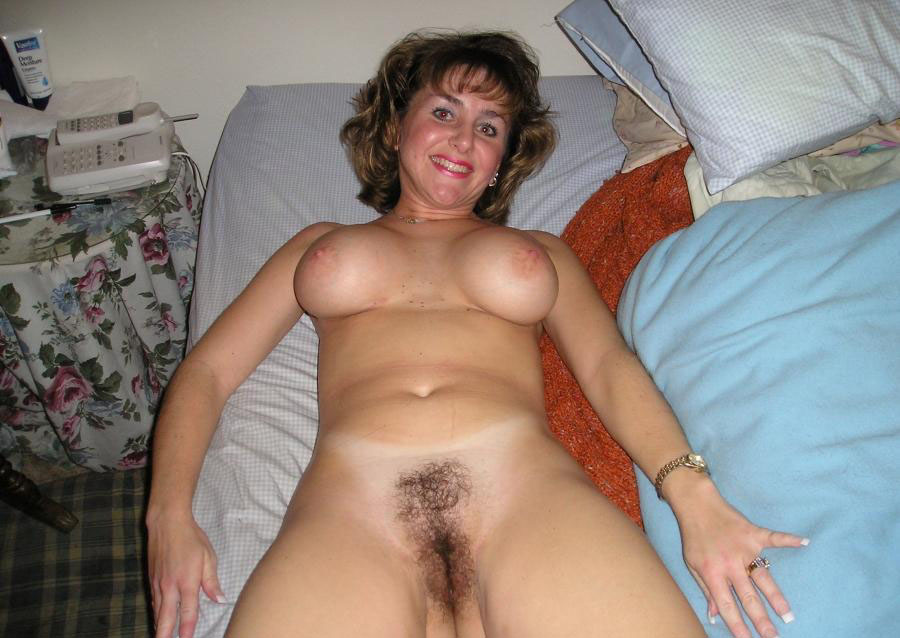 Pictures of naked milfs
