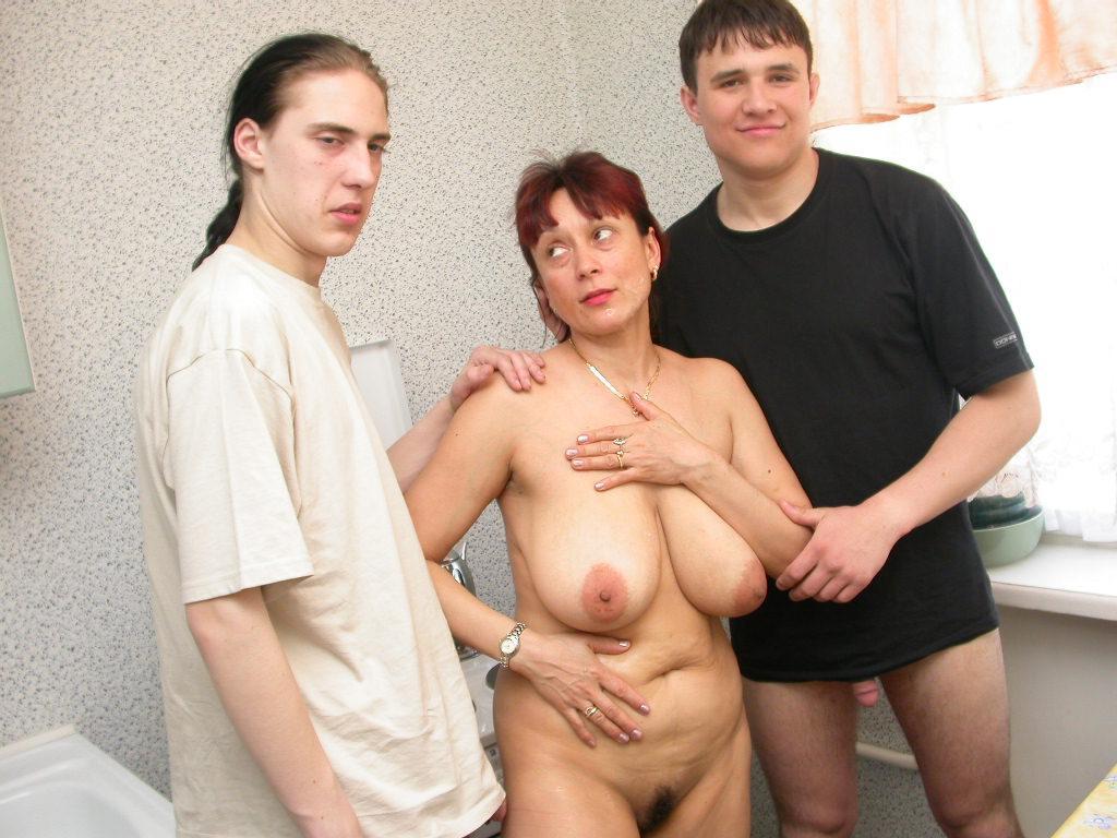 Порно фото Арины Шараповой