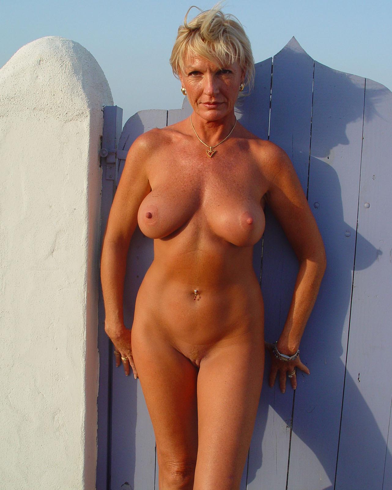 девочка пухленькими голых зрелых женщин фото всё европейка