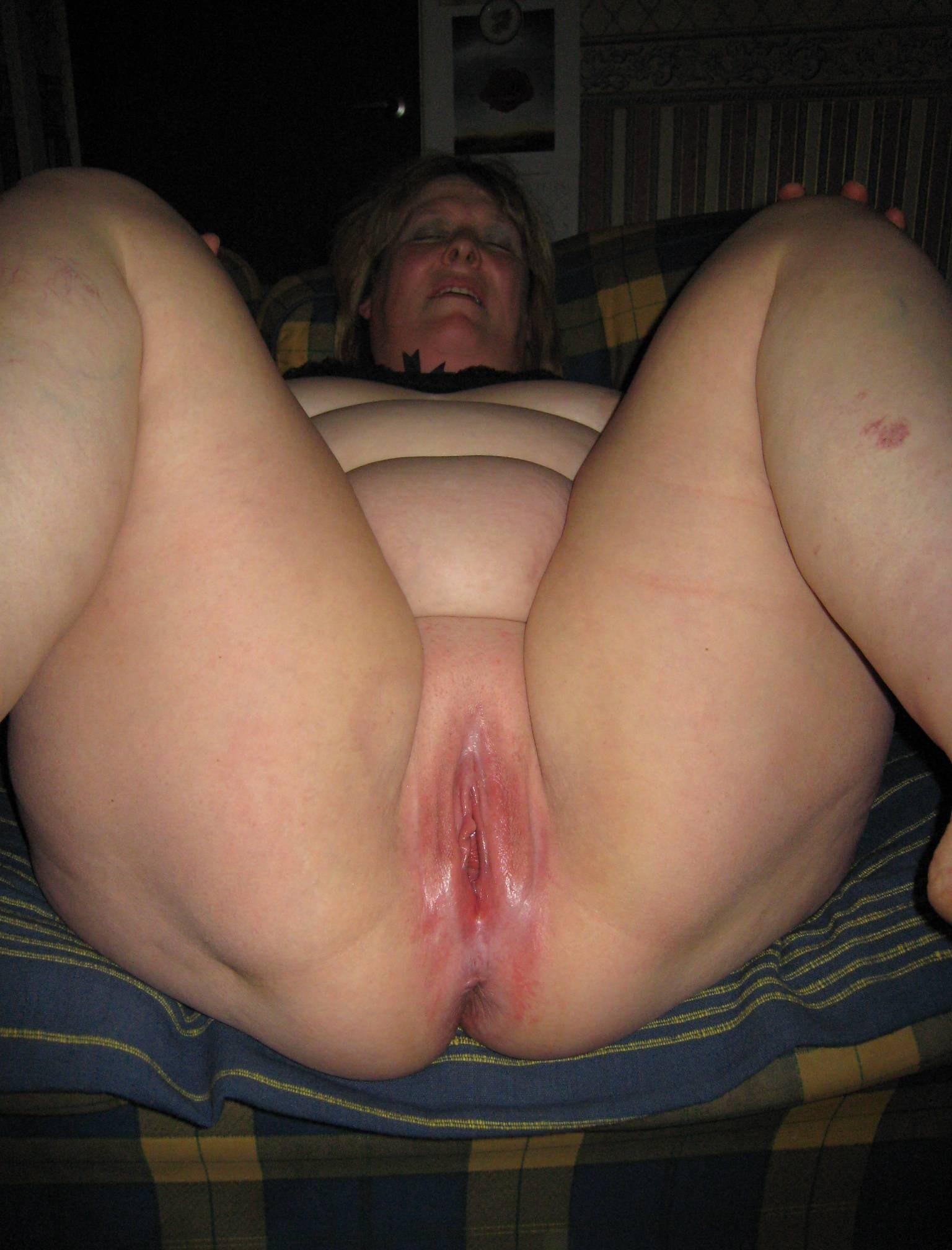 Bbw caught masturbating in public