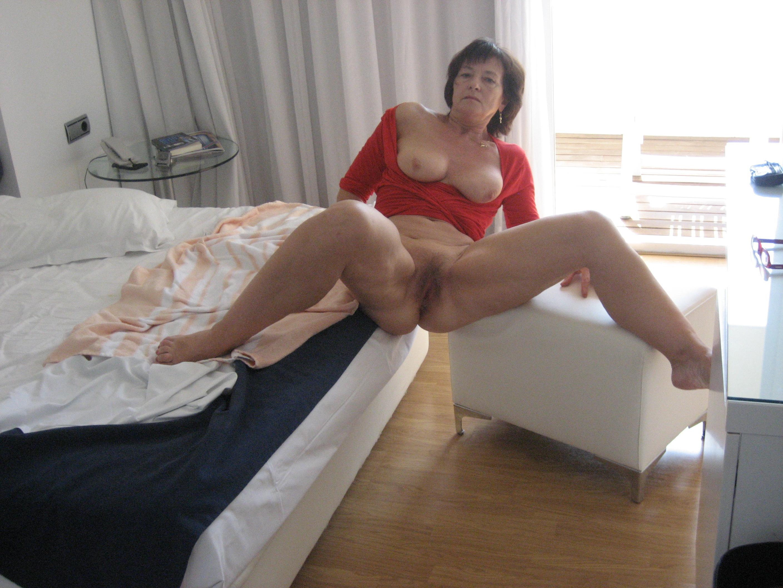 ebony fast pussy in pantie