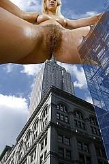 giant_women08.jpg