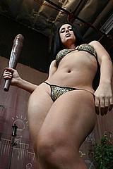 giant_women12.jpg