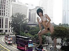 giant_women05.jpg