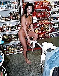 nude-shopping100.jpg
