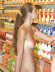 nude-shopping106.jpg