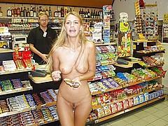 nude-shopping111.jpg