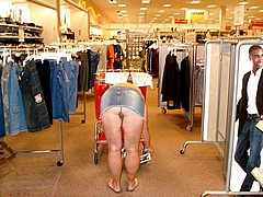 nude-shopping16.jpg