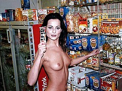 nude-shopping153.jpg