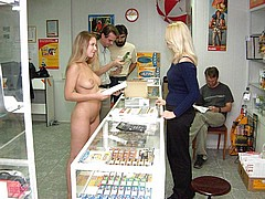 nude-shopping75.jpg