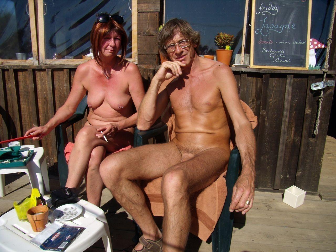porno-video-pozhilih-nudistov