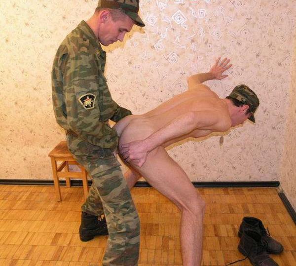 его любимую солдатик даждалась которая трахнул