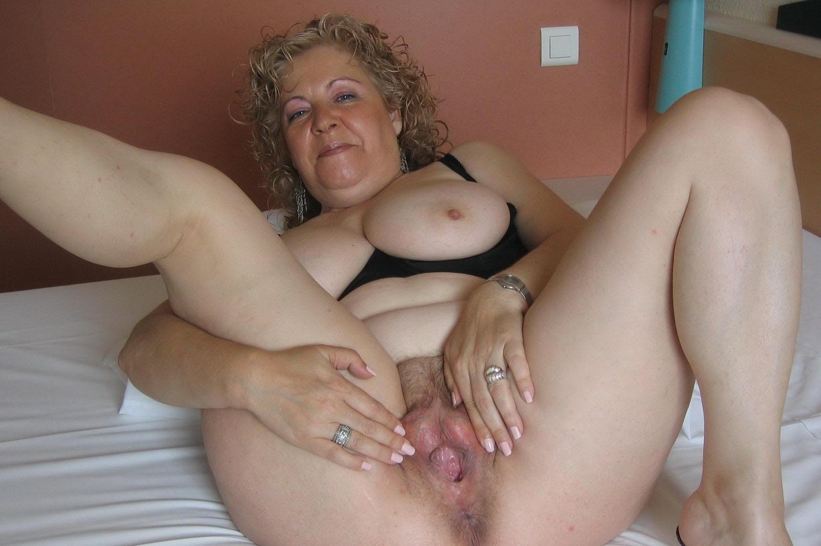 Пизда зрелой тетки порно видео
