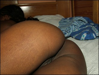 ebony_girlfriends_000643.jpg