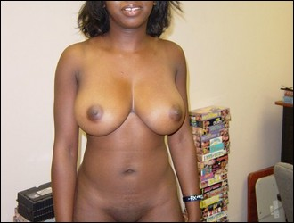 ebony_girlfriends_000783.jpg
