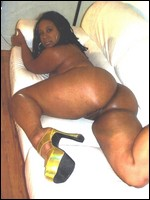 ebony_girlfriends_000755.jpg