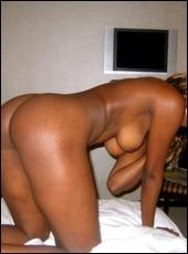 ebony_girlfriends_000354.jpg