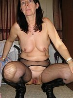mature nude porn
