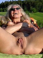 mature female nudes