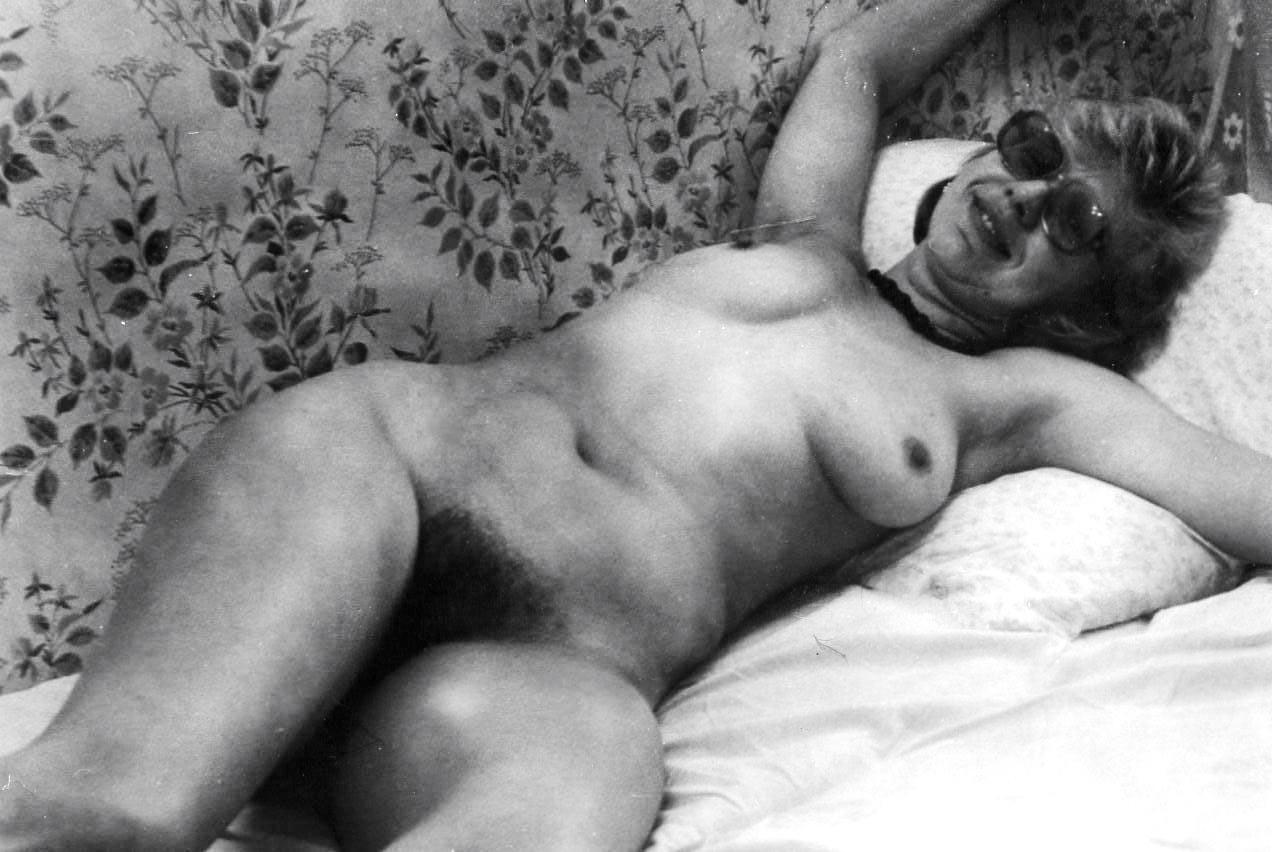 Ретро фото обнаженных девушек, Голые девушки и женщины 70-80х годовретро фото 7 фотография