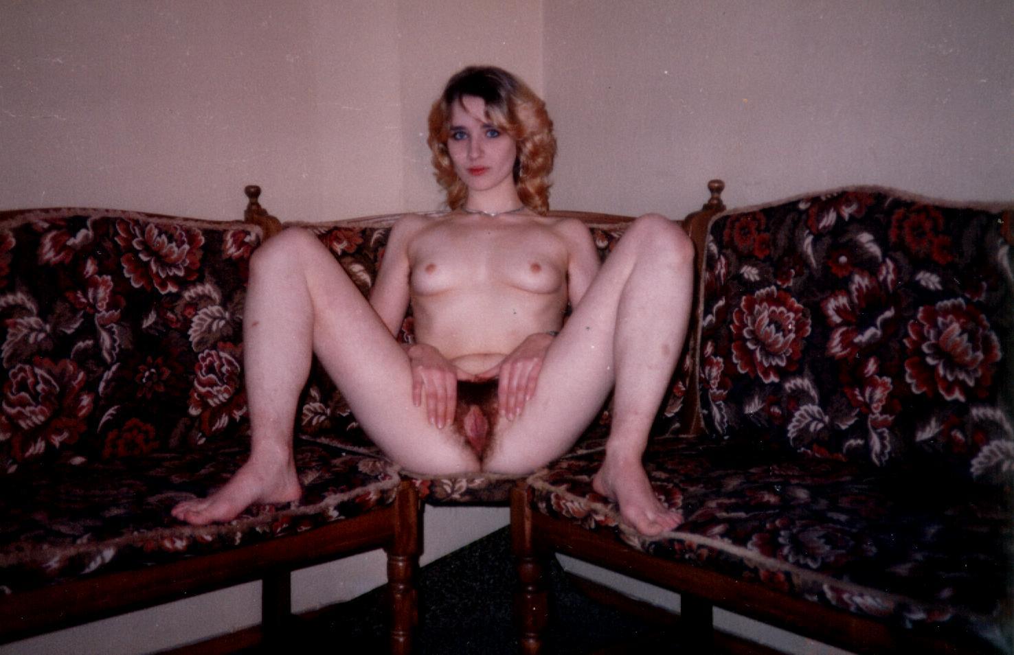 Частное порно фото девушек 90х, Интимные снимки из 90х от незамужних барышень - секс 7 фотография