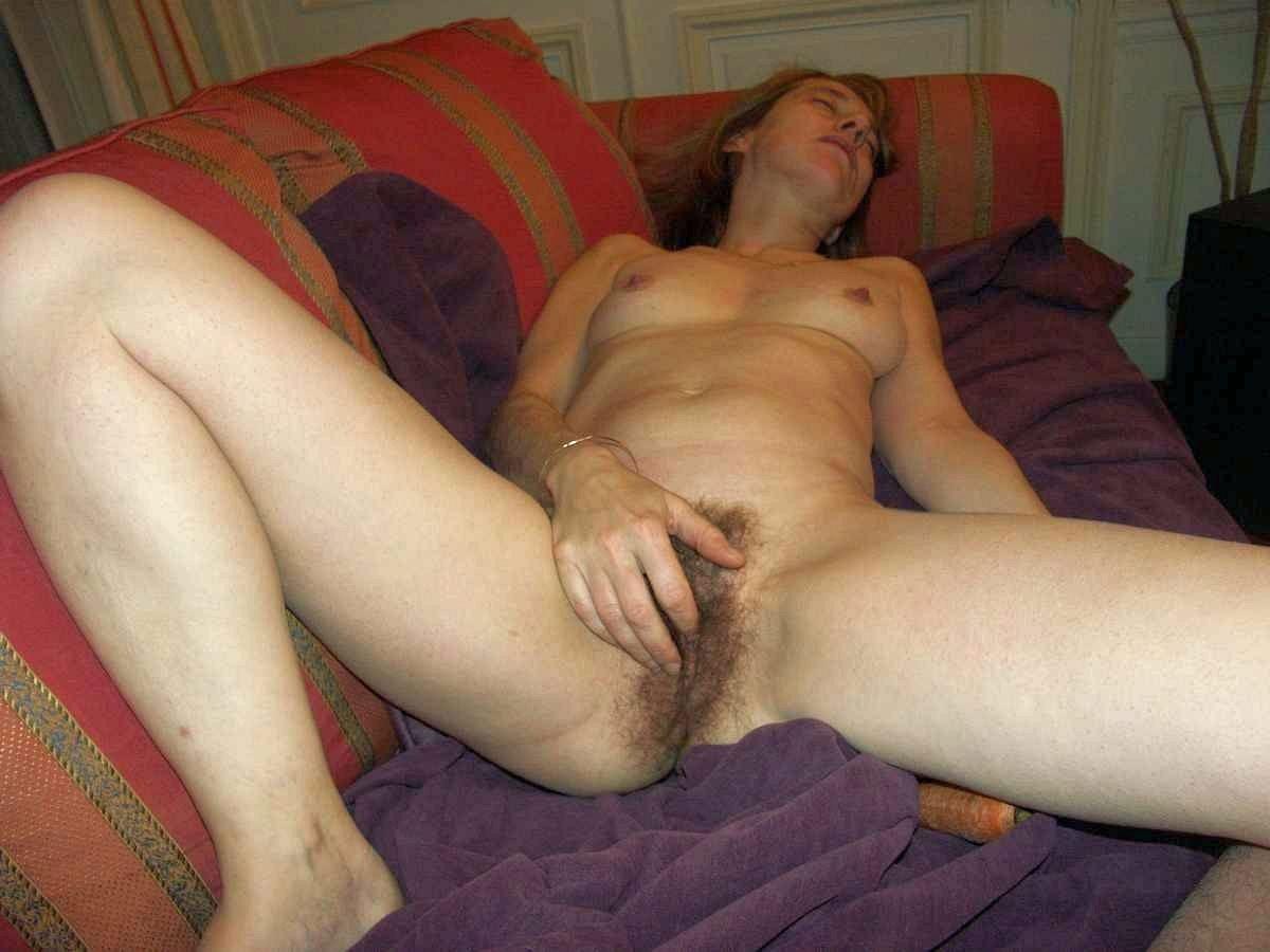 porno-onlayn-volosatie-masturbatsiya