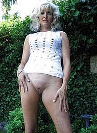sexy-nude-grannies07.jpg