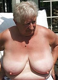 sexy-nude-grannies15.jpg
