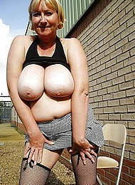 sexy-nude-grannies05.jpg