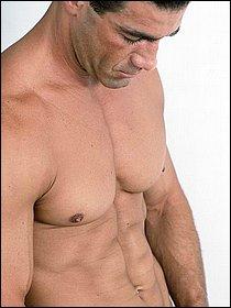 muscular-hunk-eugene-07.jpg