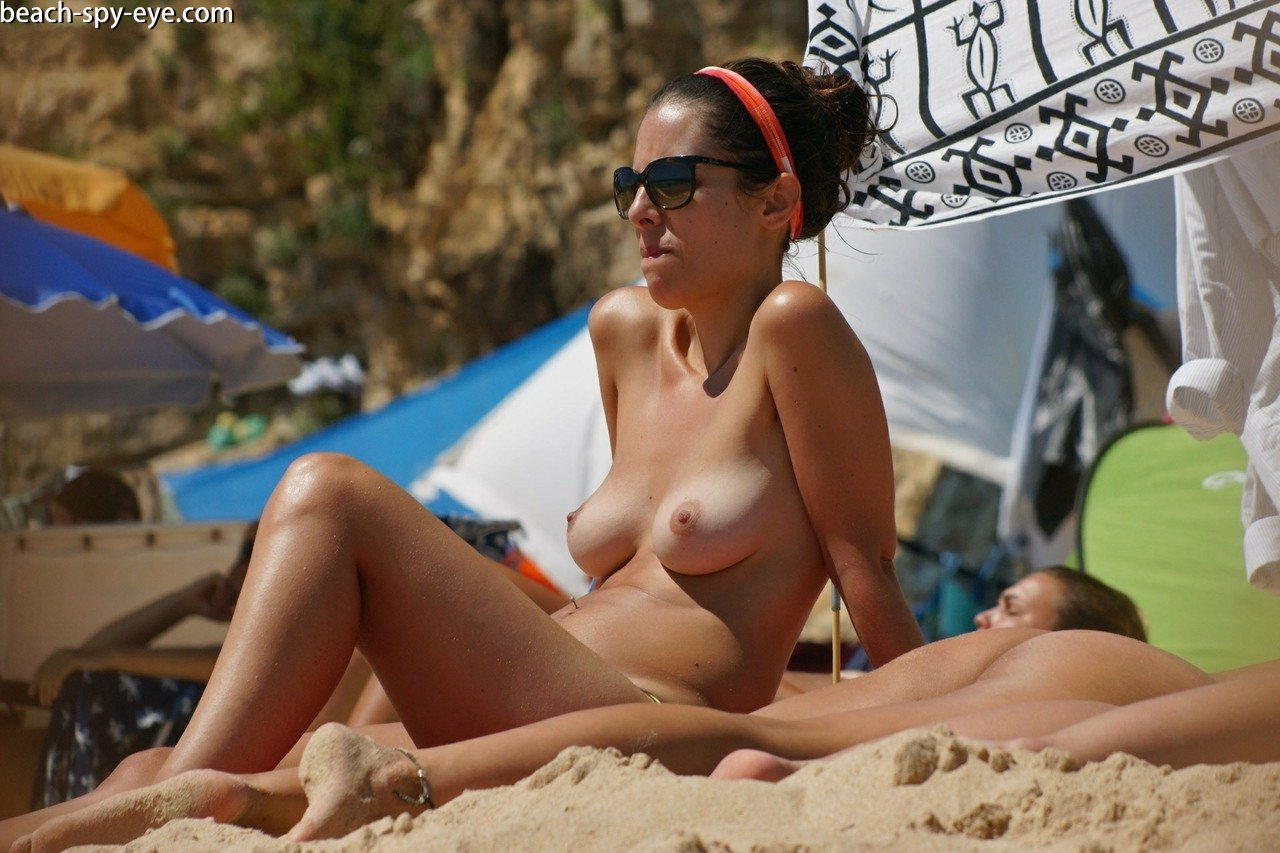 https://pbs-0.adult-empire.com/39/3926/beach_nude_women-6118/1-beach_nude_women.jpg