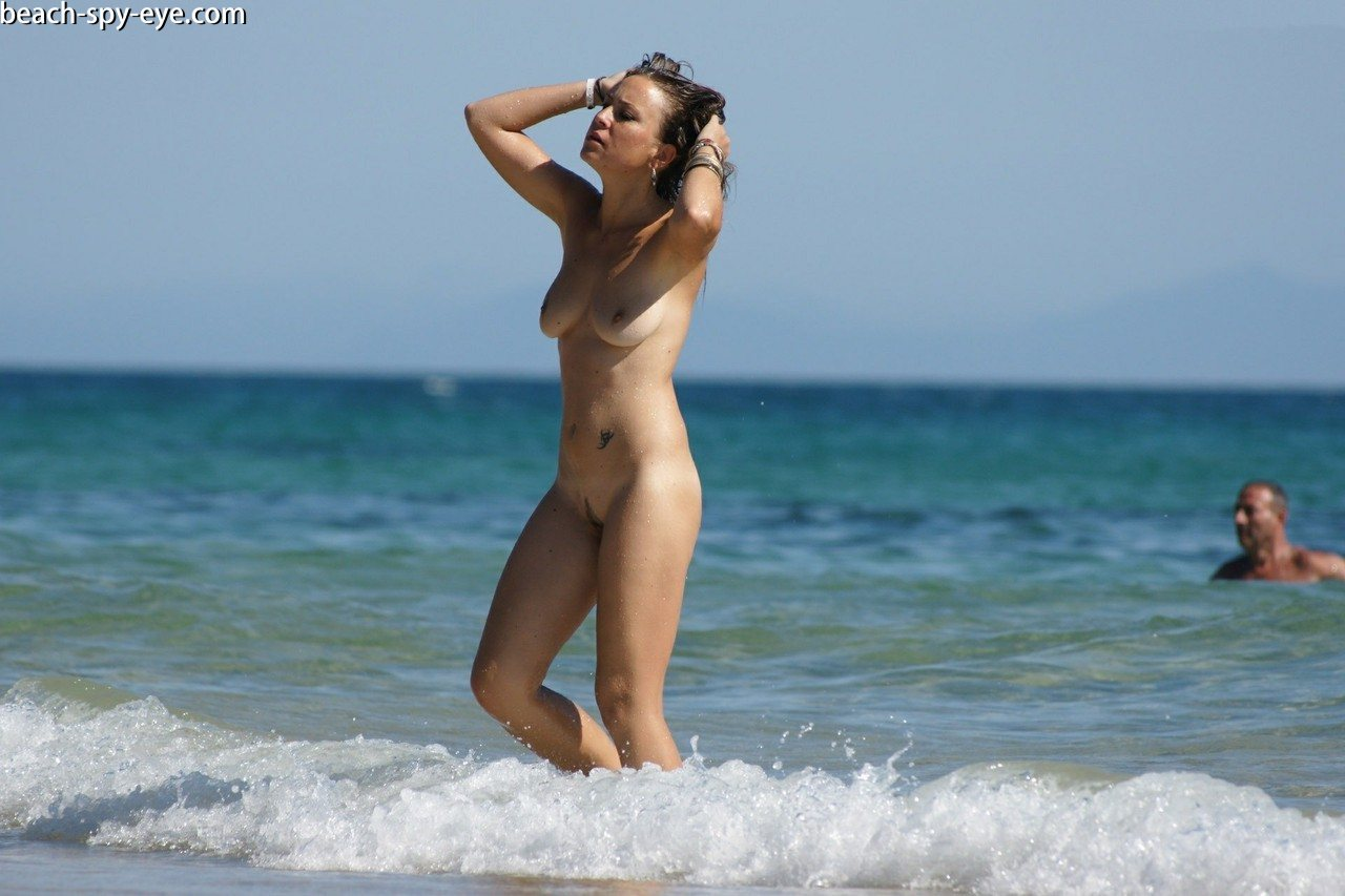 https://pbs-0.adult-empire.com/39/3926/beach_nude_women-6121/1-beach_nude_women.jpg