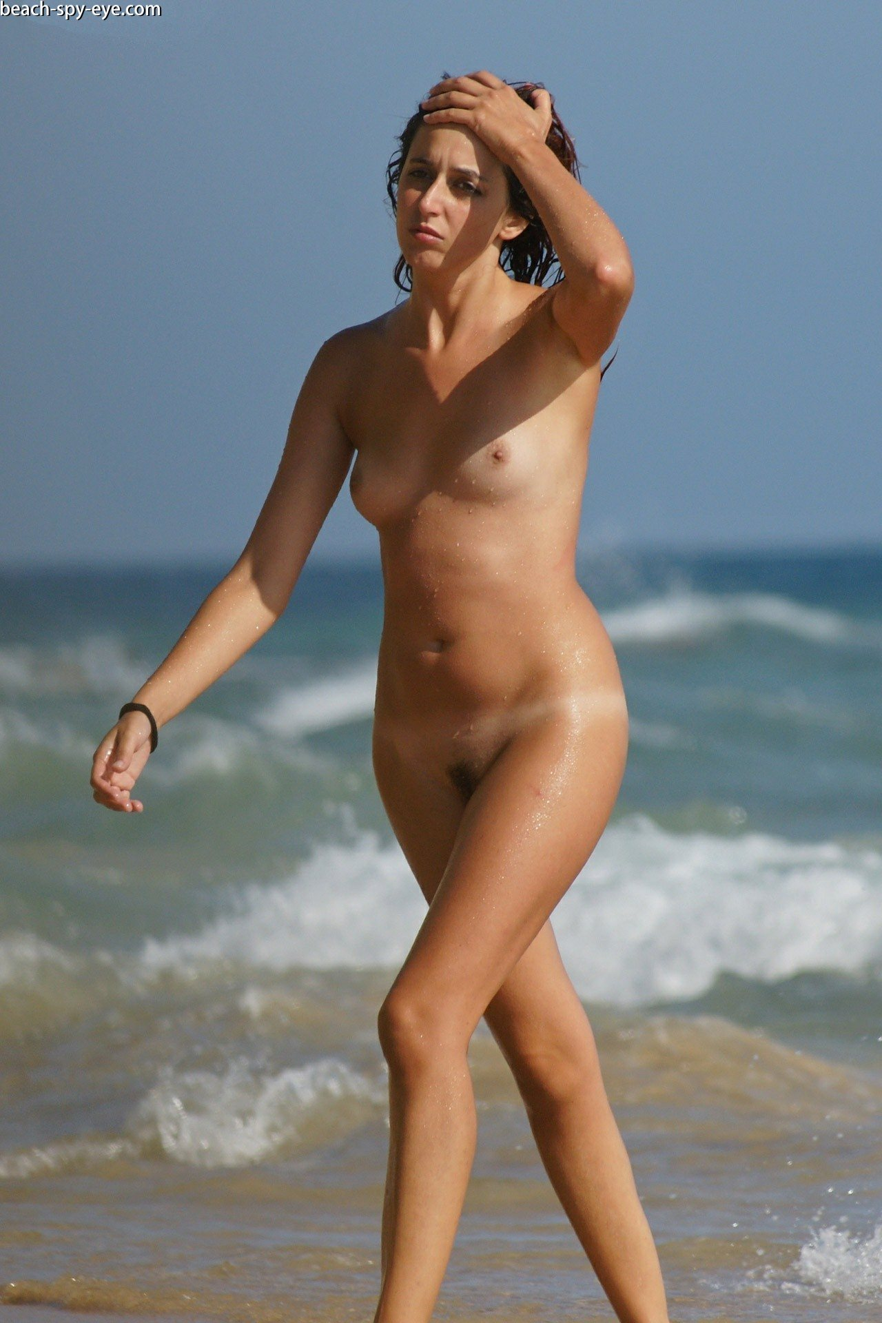 https://pbs-0.adult-empire.com/39/3926/beach_nude_women-6125/1-beach_nude_women.jpg