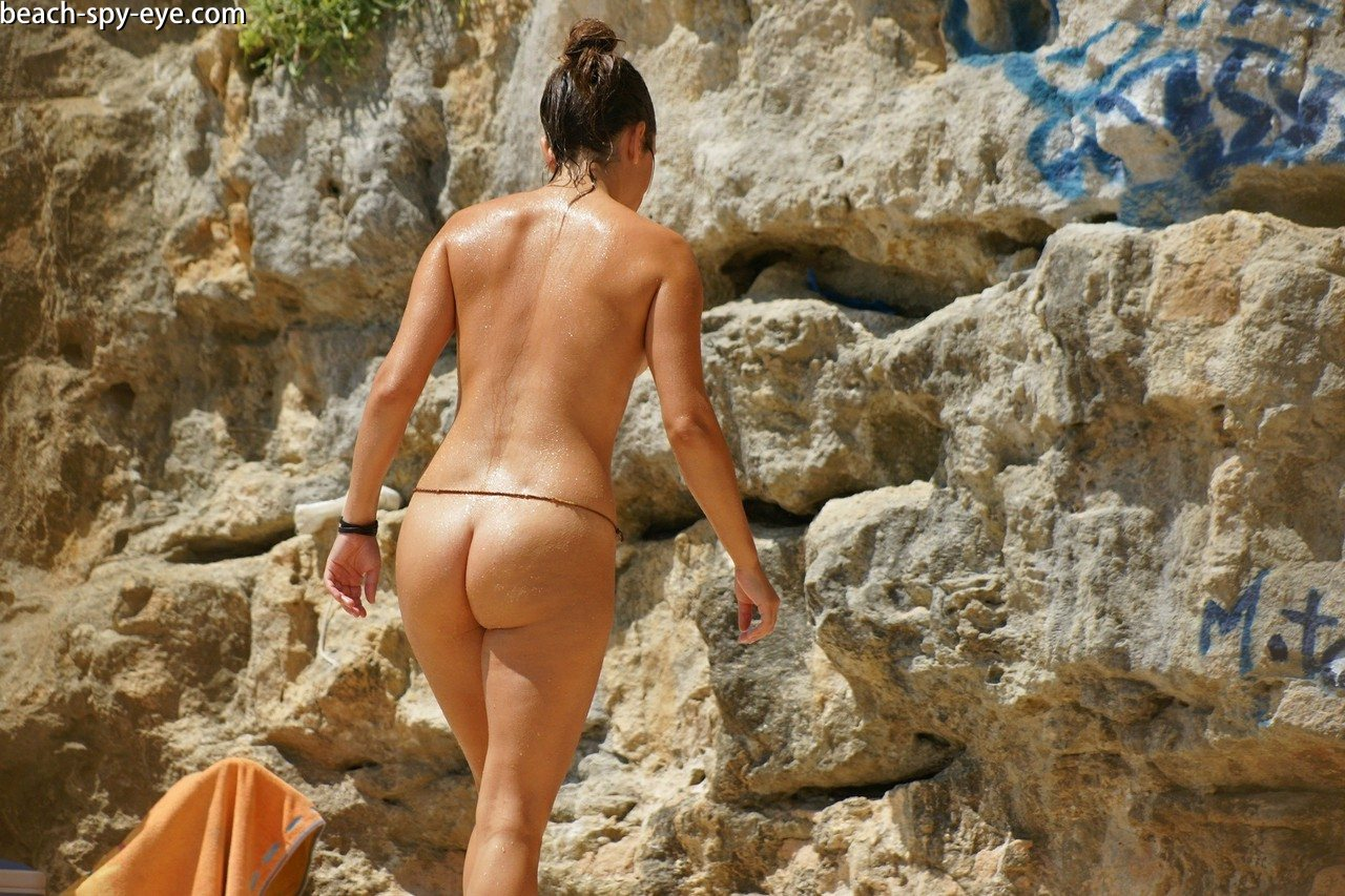 https://pbs-0.adult-empire.com/39/3926/beach_nude_women-6133/1-beach_nude_women.jpg