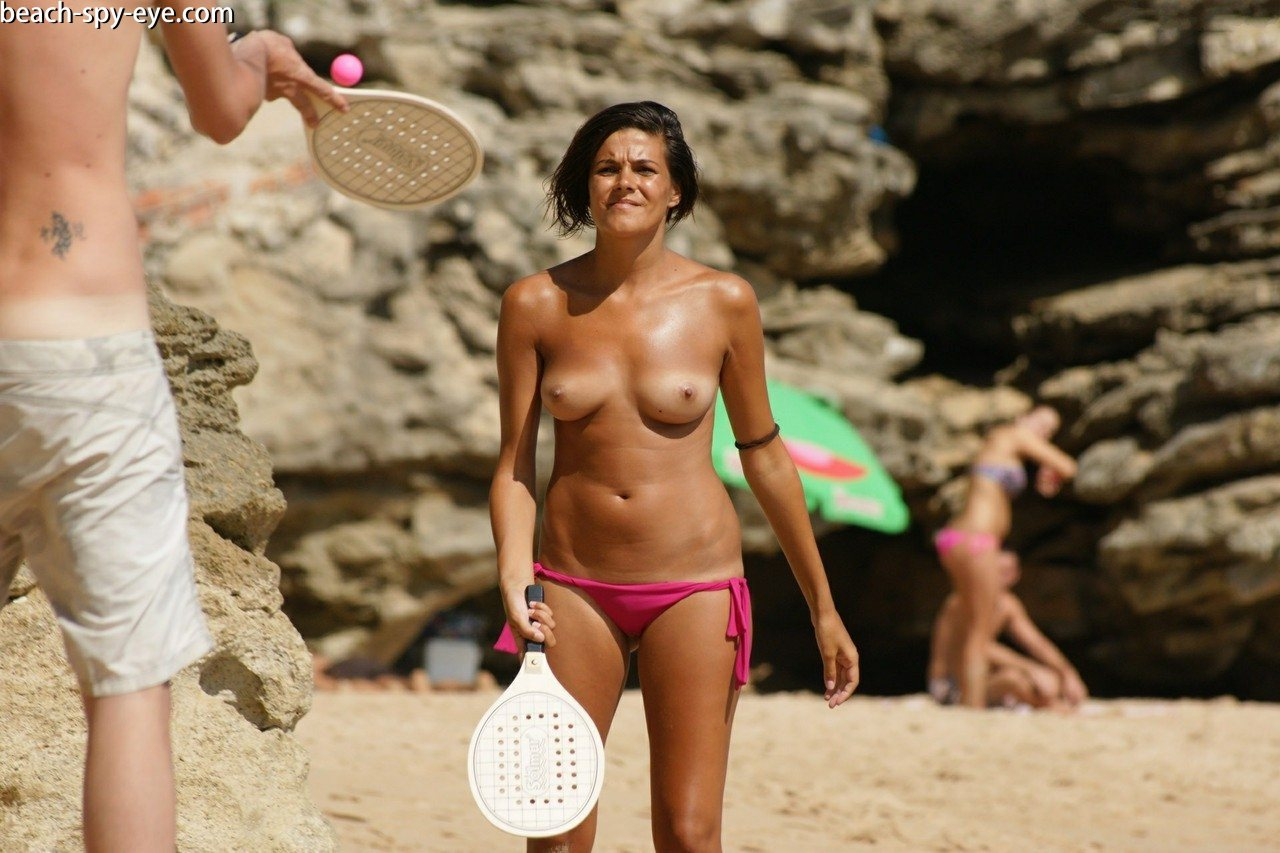 https://pbs-0.adult-empire.com/39/3926/beach_nude_women-6134/1-beach_nude_women.jpg