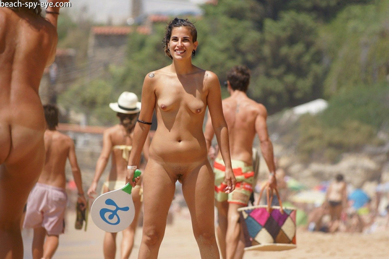 https://pbs-0.adult-empire.com/39/3926/beach_nude_women-6142/1-beach_nude_women.jpg