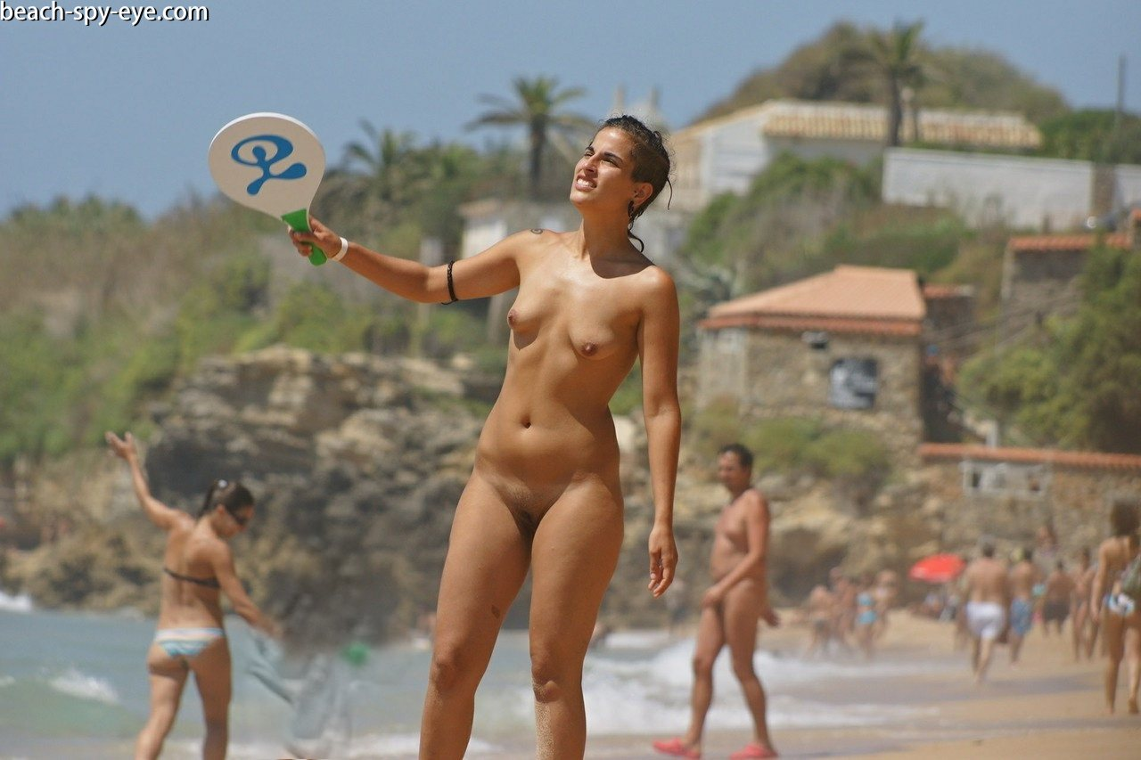 https://pbs-0.adult-empire.com/39/3926/beach_nude_women-6160/1-beach_nude_women.jpg