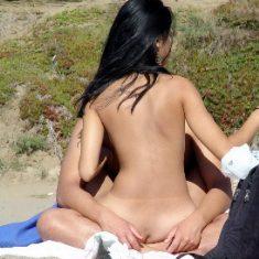 Fem. nudist at nude beach
