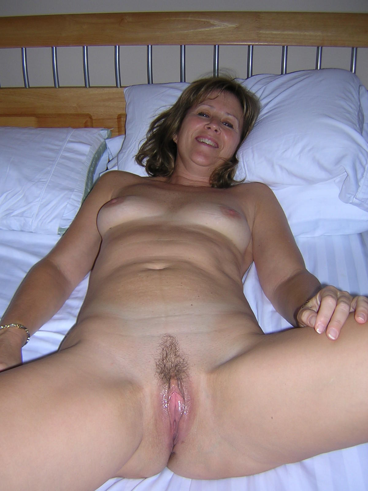 Middle Aged Housewife Porn