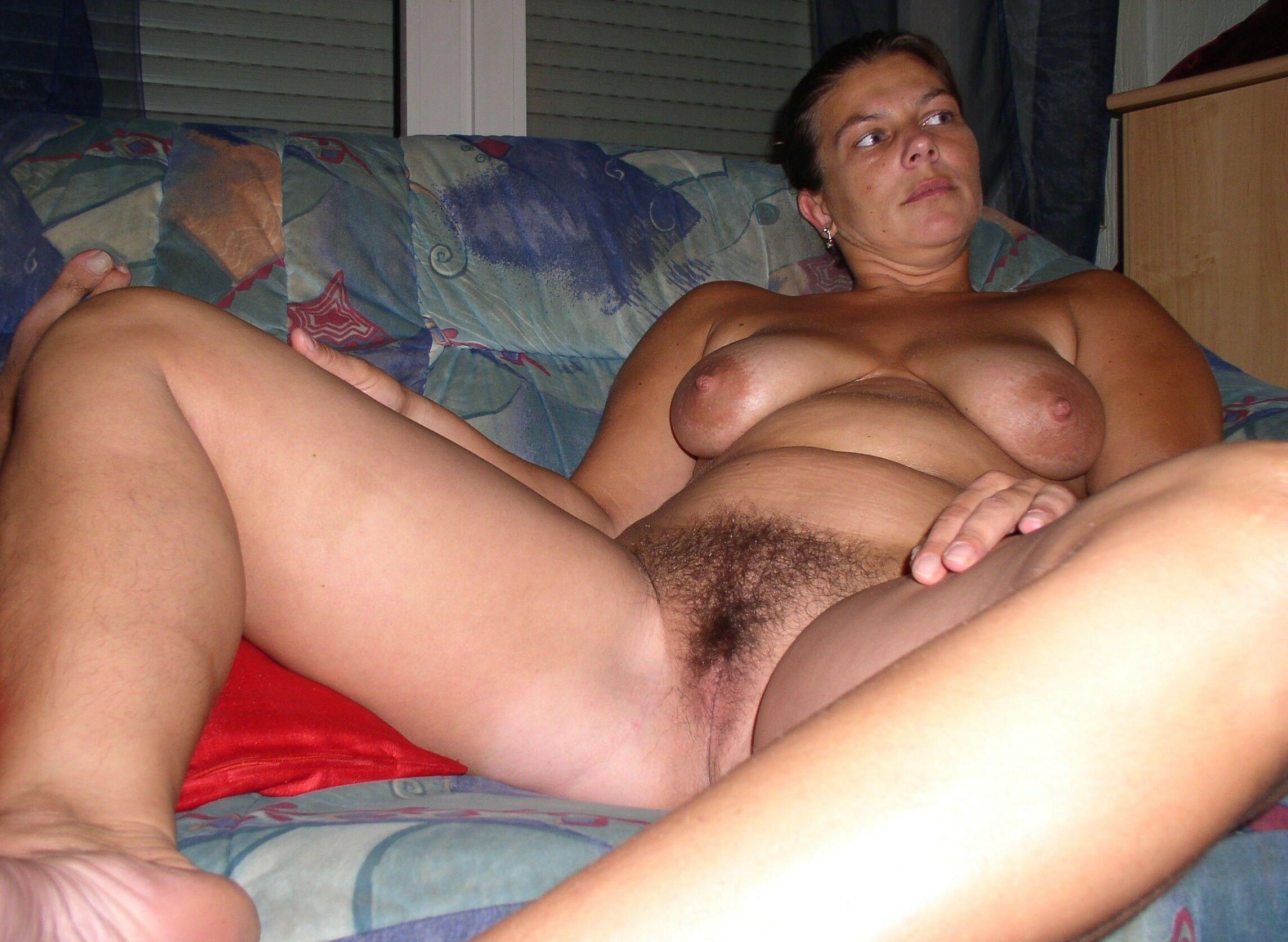 смотреть порно волосатых зрелых теток